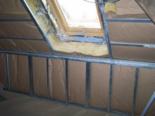 Isolation de combles bioreno for Comment poser des velux